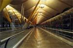 Переход по аэропорту в Мадриде