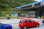 Таможня на границе Хорватии и Черногории.